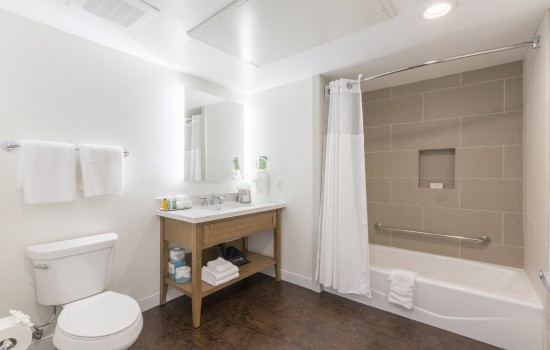 Condos - Bathroom