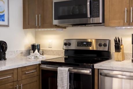 Full Kitchens All Applicances
