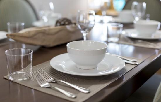 Condo Tableware